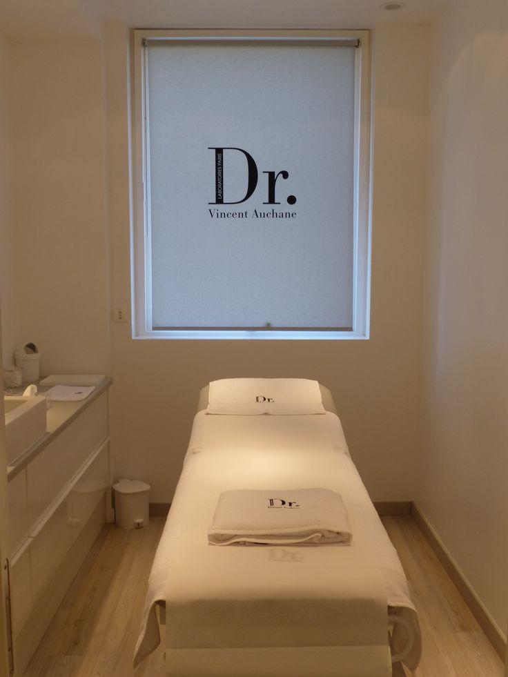 La Maison de Beauté Dr. est un institut dédié au Bien-être et aux Soins de Beauté du visage et du corps.