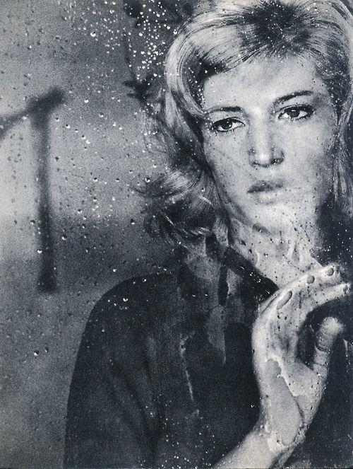 Monica Vitti.