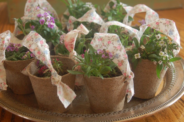 Mini Flower Basket Tutorial - perfect for May Day!