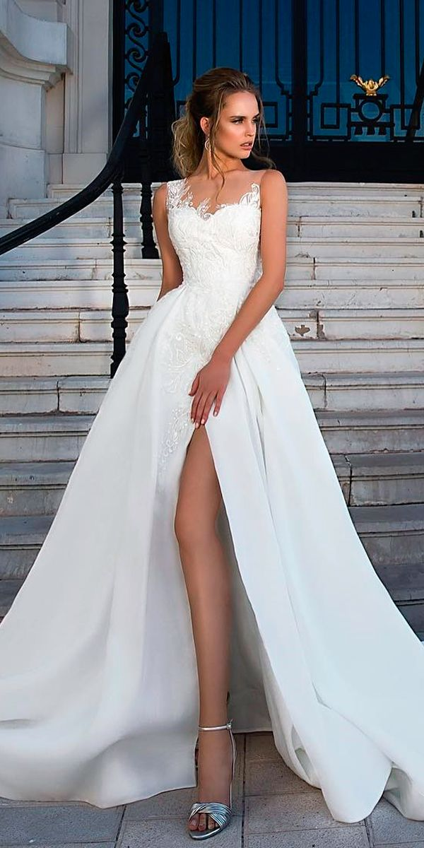 91614912d7f55 If you are looking for chic and elegance for your bridal outfit