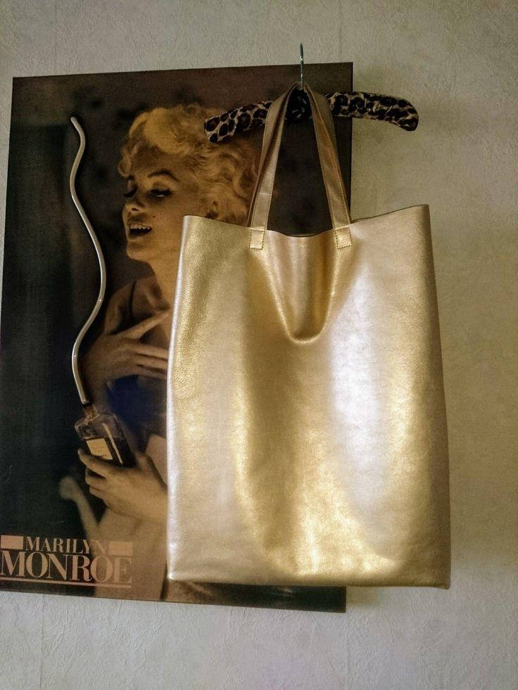 Oversized genuine leather hand bag