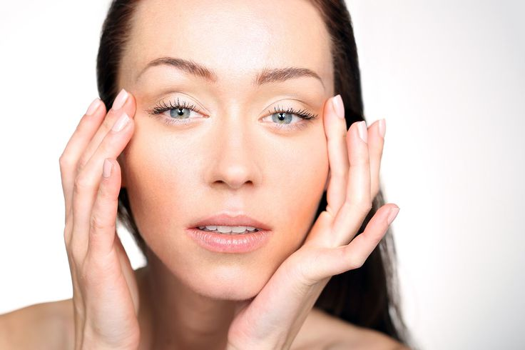 Giving yourself a natural eye lift using facial exercise techniques to lift and tone skin before it starts wrinkling is recommended. | www.plentywell.com