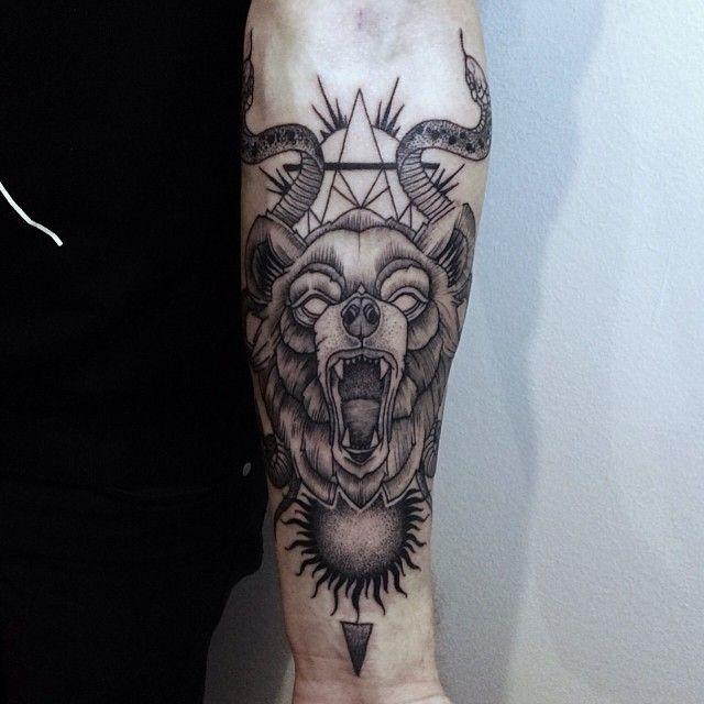 This may just be my most favorite tattoo. Its so well done. I am in love.   -Silvija Šablinskaitė, Super 7 Tattoo, Vilnius