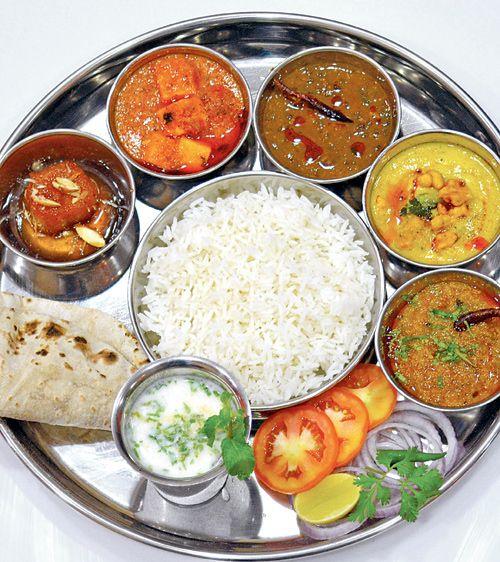 Dhaam Thali from Himachal Pradesh at Himachali Zaika. #Mumbai #Food