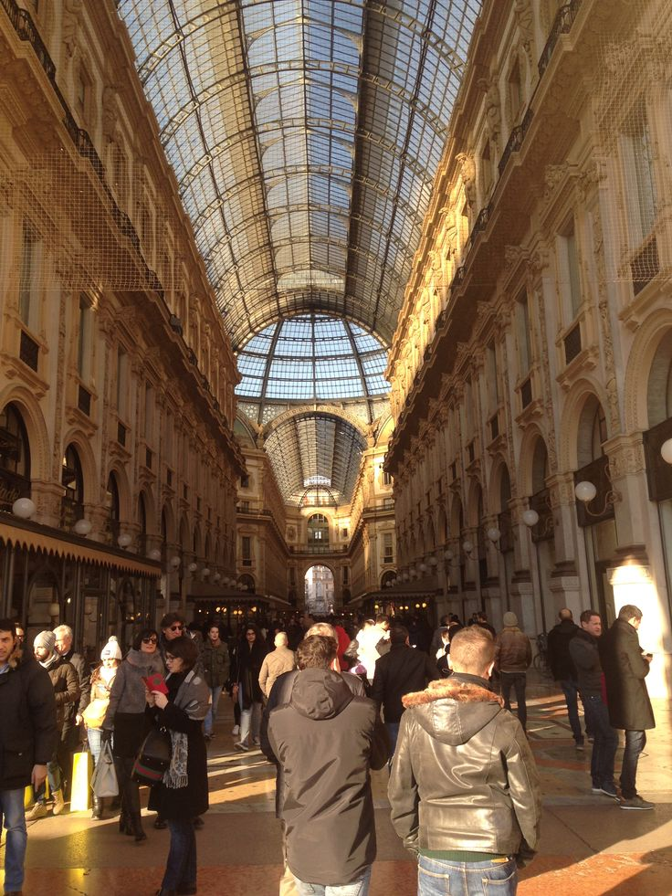 Amazing architecture, amazing shopping and restaurants - Galleria Vittorio Emanuele