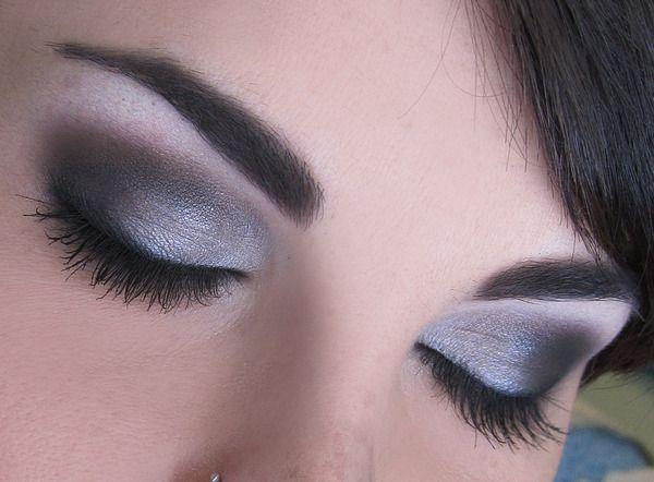 nice: Hair Beautiful, Eye Brows, Eye Makeup, Style Beautiful, Dramatic Eye, Nails Ideas, Smokey Eye, Beautiful Diy, Style Fashion