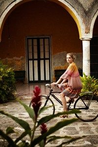 PHOTOGRAPHY - Bettina Lewin - Advertising