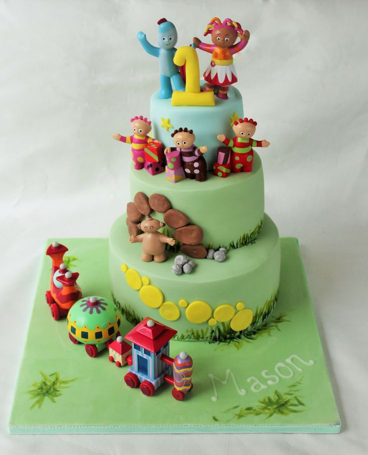 ITNG In The Night Garden birthday cake iggle piggle upsie daisy by www.candyscupcakes.co.uk