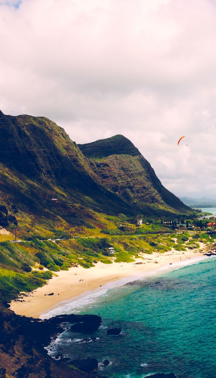 Top picks for 15 best east coast beaches in the USA that can be the best refuge for you.