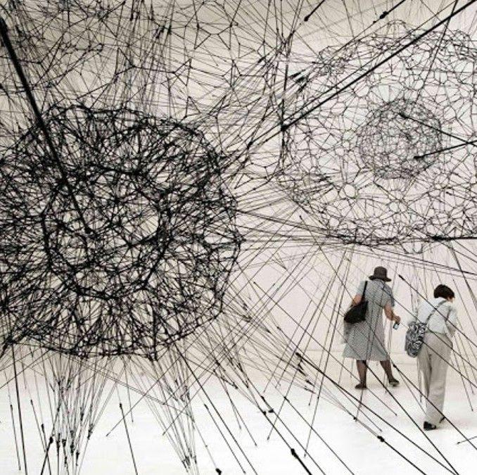 On View: Tomás Saraceno- Ανάμεσα στην Αρχιτεκτονική και τις Εγκαταστάσεις| Της Αναστασίας Βουτσά | The Machine.gr