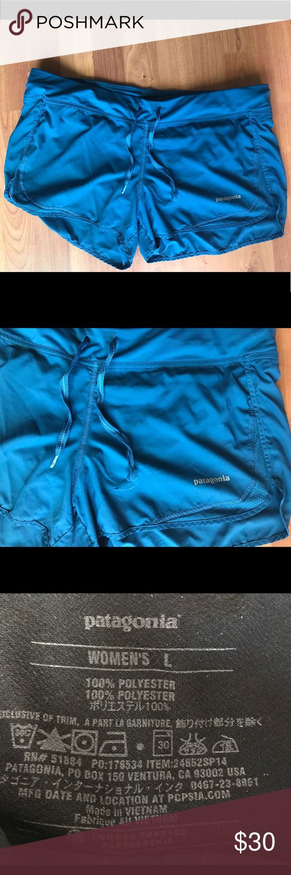 Women's Patagonia shorts Great for working out, going to the beach/lake or just chilling. Built in underwear and pocket inside. Drawstring. Only worn twice! Patagonia Shorts