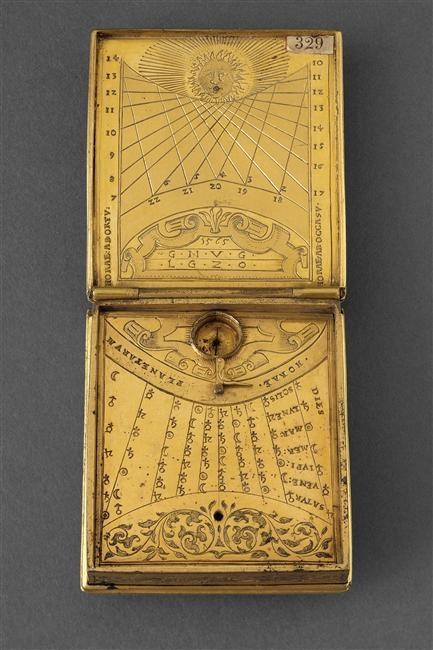 16th century Renaissance. Compass / Sundial. Nécessaire astronomique 1565
