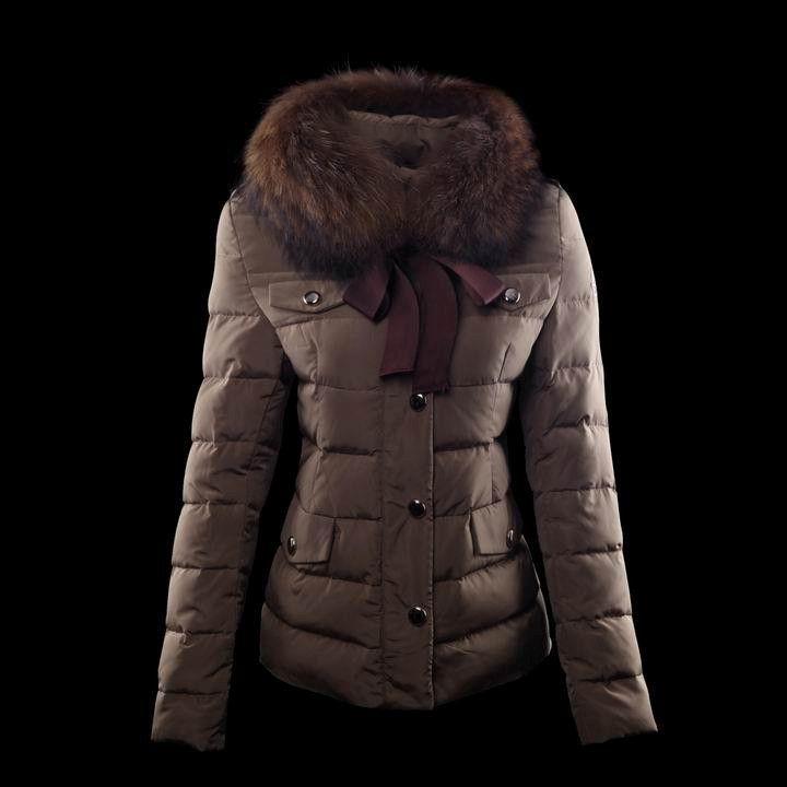 Moncler Coat For Women With Fur Collar Claret MC1352