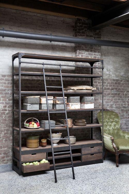 New Vintage boekenkast met trap, industrieel « Woonhome.nl