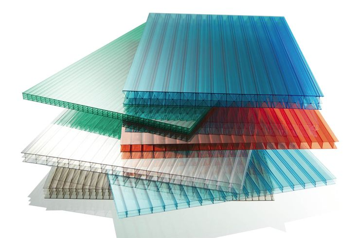 Làmines de policarbonat, utilitzades en la construcció d' hivernacles