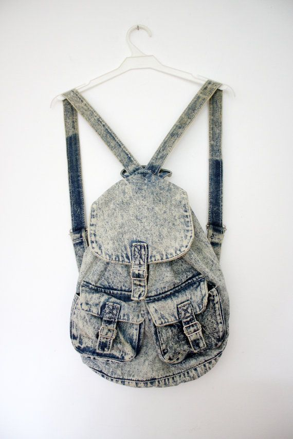 I love denim backpacks-especially when they're light coloured!