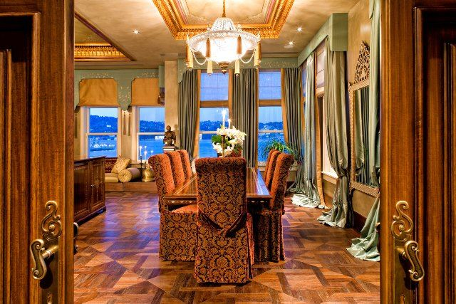 Expensive hotels in Turkey - Hotel Les Ottomans in Istanbul : 3000 Euros for a night in the Hurrem Sultan Suite