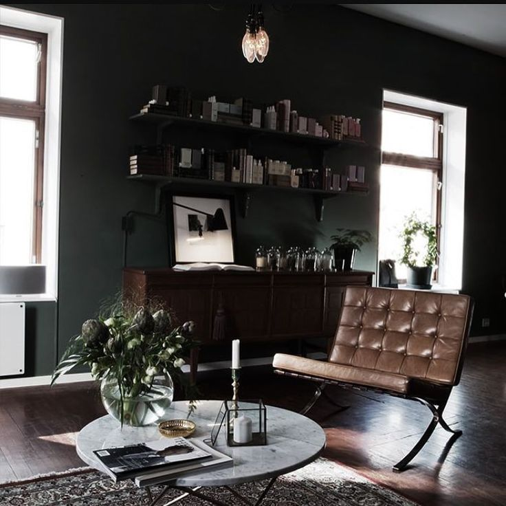This salon right here makes me wish I still lived in Stavanger ✔️ @apreshouse And what a visual gem you are! #apres #stavanger #besthairdresser #interiorinspo #oribe