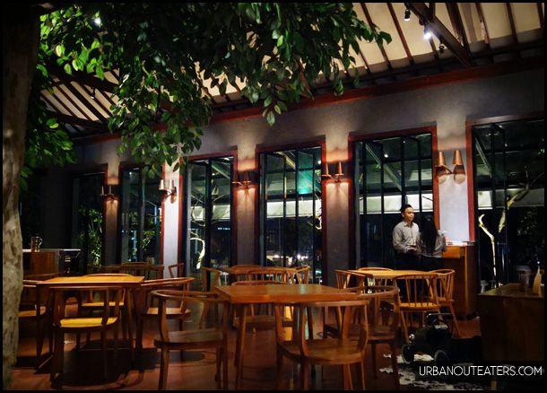 Saka Bistro & Bar - Bandung // urbanouteaters.com