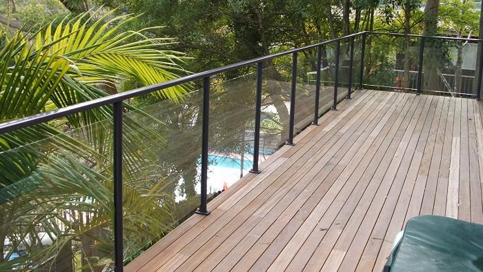 Colour Schemes With Glass Balustrade