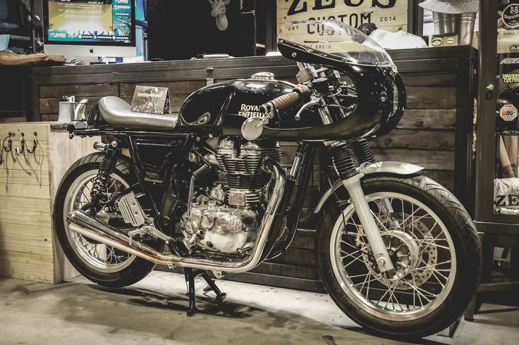 Zeus Custom | Aviator | Royal Enfield Continental GT 535