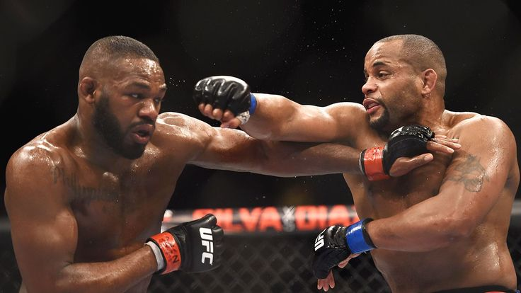 UFC 214: Jones vs. Cormier statistical breakdown #FansnStars