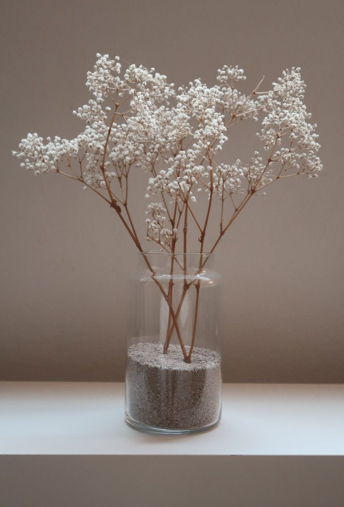 Dry Flower Arrangements In Vase Simple Design Rules In 2020 Flower Vase Arrangements Vase Arrangements Dried Flowers