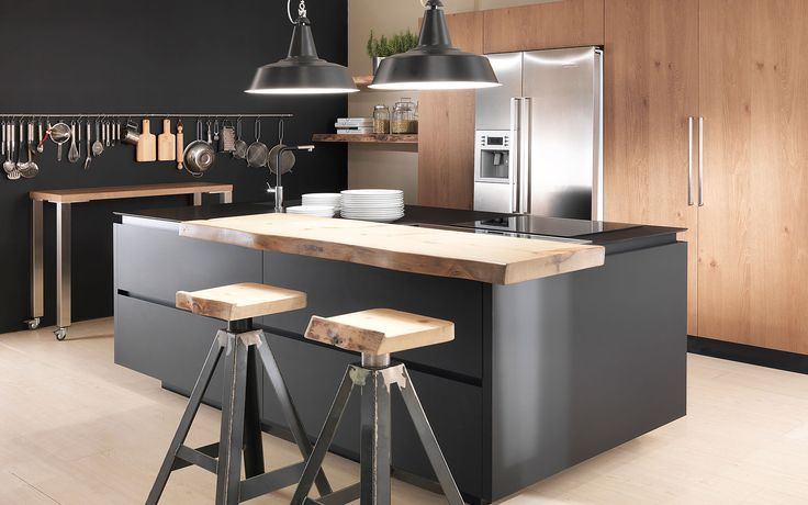 Wood essenza rovere nodino tabacco fenix nero 2 5 loft kitchen pinterest woods and - Top cucina in legno ...