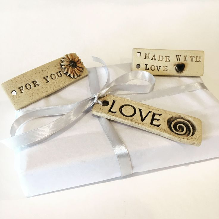 2 Present tags, present tag, gift tag, gift label, wrapping paper label, present label, ceramic tag, gift tags, birthday tag, new baby tag, by RJPotteryshop on Etsy https://www.etsy.com/uk/listing/538794269/2-present-tags-present-tag-gift-tag-gift