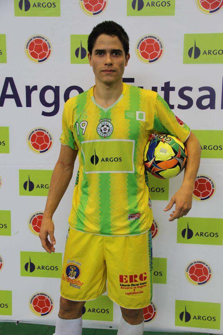 Rosward Manzanares, representación venezolana, salió figura en la jornada definitiva de las semifinales.