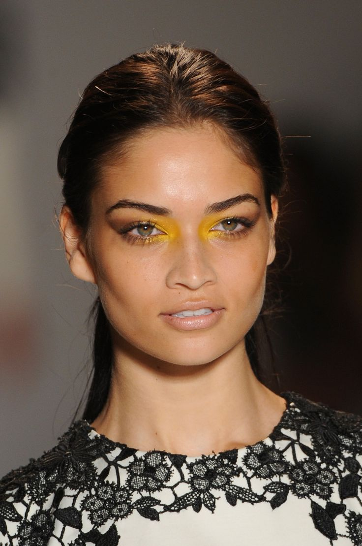 Lela Rose, Spring 2013 - Best Spring 2013 Runway Makeup - StyleBistro Corner eye colour highlight.. Edgy fun