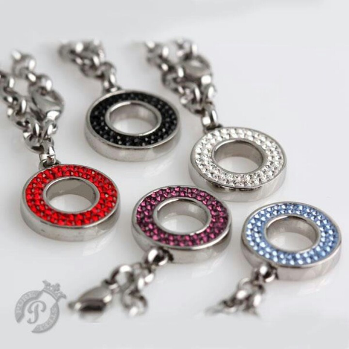 Steel chain charm carrier with circle charm