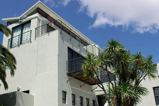 Bickley Terraces Luxury Guesthouse accommodation in Cape Town. http://restinations.co.za/bickley-terraces-luxury-guesthouse/