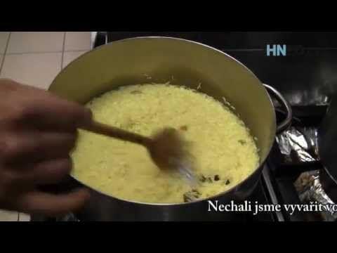 Jak se vaří rýže v Indii? Přisypat trochu kari nestačí, podívejte se