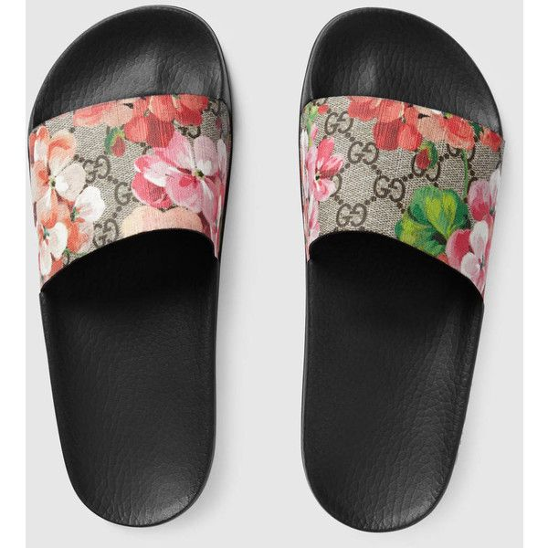 Gucci GG Blooms Supreme slide sandal ($290) ❤ liked on Polyvore featuring shoes, sandals, canvas shoes, slide sandals, gucci, gucci footwear and gucci sandals