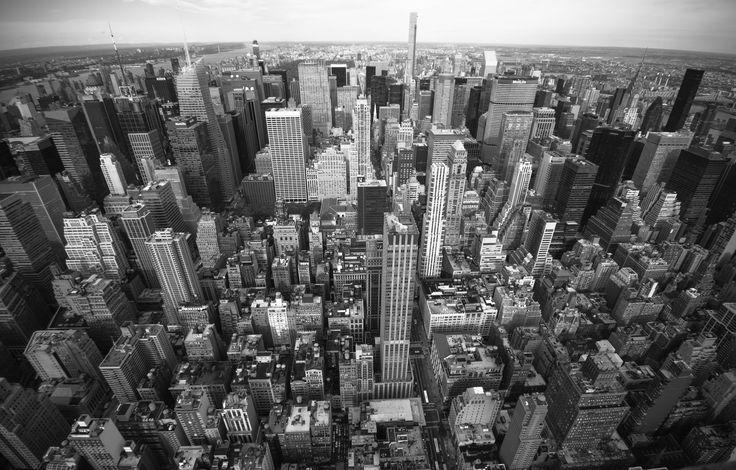 https://flic.kr/p/H9438r | Manhattan From Above | Midtown Manhattan from Rockefeller Center looking north.