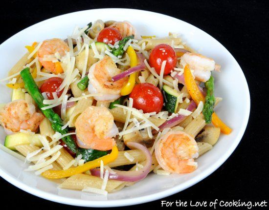 "<p><strong><a href=""http://www.fortheloveofcooking.net/2012/08/summer-veggies-with-pasta-and-shrimp.html"">SEE RECIPE HERE: Summer Veggies with Pasta and Shrimp</a></strong></p>"