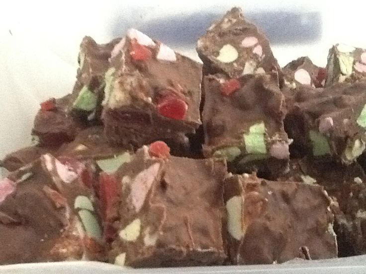 My clinker rocky road slice made today for kids lunchboxes - recipe community thermomix!