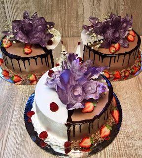 Torty ciasta i ciasteczka Joli: Ślubne z fioletowymi kwiatami