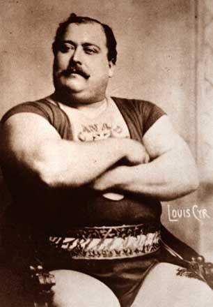 Louis Cyr (1863-1912) est un célèbre homme fort canadien-français. Il acquiert sa renommée avant même que l'on tienne des registres sur son sport et avant même que l'haltérophilie ne soit intégrée aux Jeux olympiques.