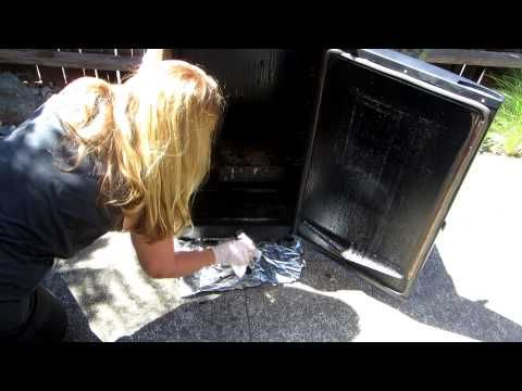 How To Clean Masterbuilt Smokers - YouTube