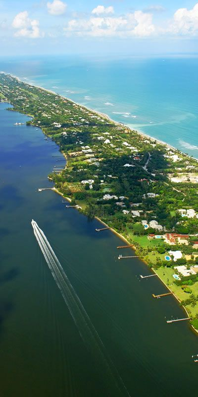 Jupiter Island is a luxurious home community in the heart of Hobe Sound. This area is home to celebs, sports figures and politicians. #jupiterflorida