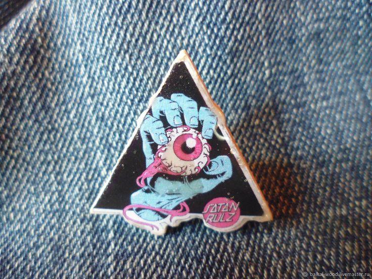 """Купить значок """"глаз в треугольнике"""" в интернет магазине на Ярмарке Мастеров"""