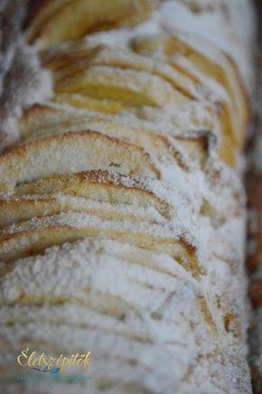 Az eredeti francia almatorta receptje alapján készült; nem tortaformában, hanem őzgerincben sütöttük meg. Azoknak ajánljuk, akik szeretik a gyorsan összeállítható édességeket, az almás sütiket. Ho…