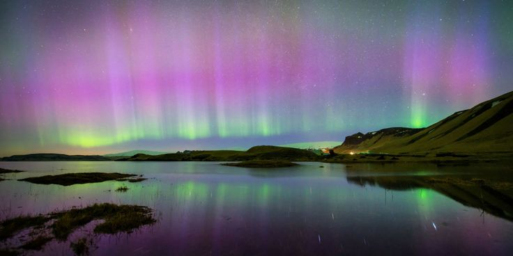 Thanks to an incoming solar storm, tonight's Northern Lights will extend partway into the U.S.