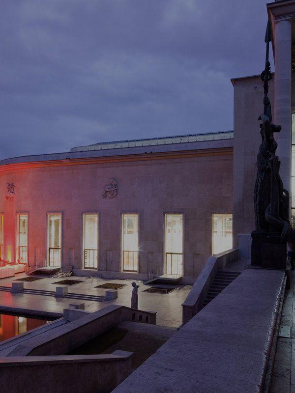 Планируете самостоятельное путешествие в Париж? Самые лучшие, интересные, красивые и известные места Парижа в путеводителе на Афише–Мир. Путешествуйте вместе с нами!