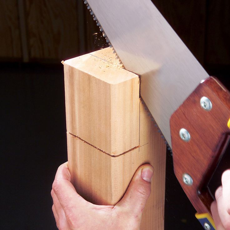 Super-Accurate Hand Sawing