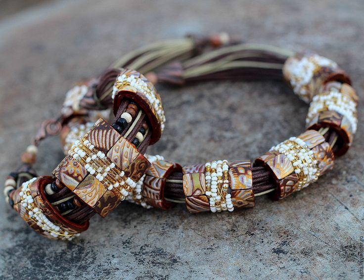 Купить украшение браслет из полимерной глины с бисером нежнейший - бежевый, медь, бирюза, браслет, этно
