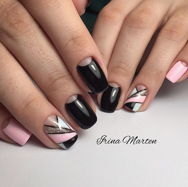 Red Nail Polish On Thumb: Best 25+ Two Color Nails Ideas On Pinterest