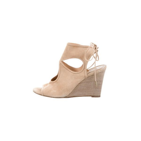 Pre-owned Aquazzura Sexy Thing Wedge Sandals (210.715 CLP) ❤ liked on Polyvore featuring shoes, sandals, aquazzura sandals, sexy wedge shoes, cut out sandals, suede lace up sandals and tan wedge sandals